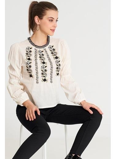 ESQ Siyah Nakış İşlemeli Yaka Güpürlü Bluz Bej